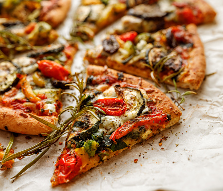 Healthy gluten-free veggie pizza on flour-less cauliflower crust